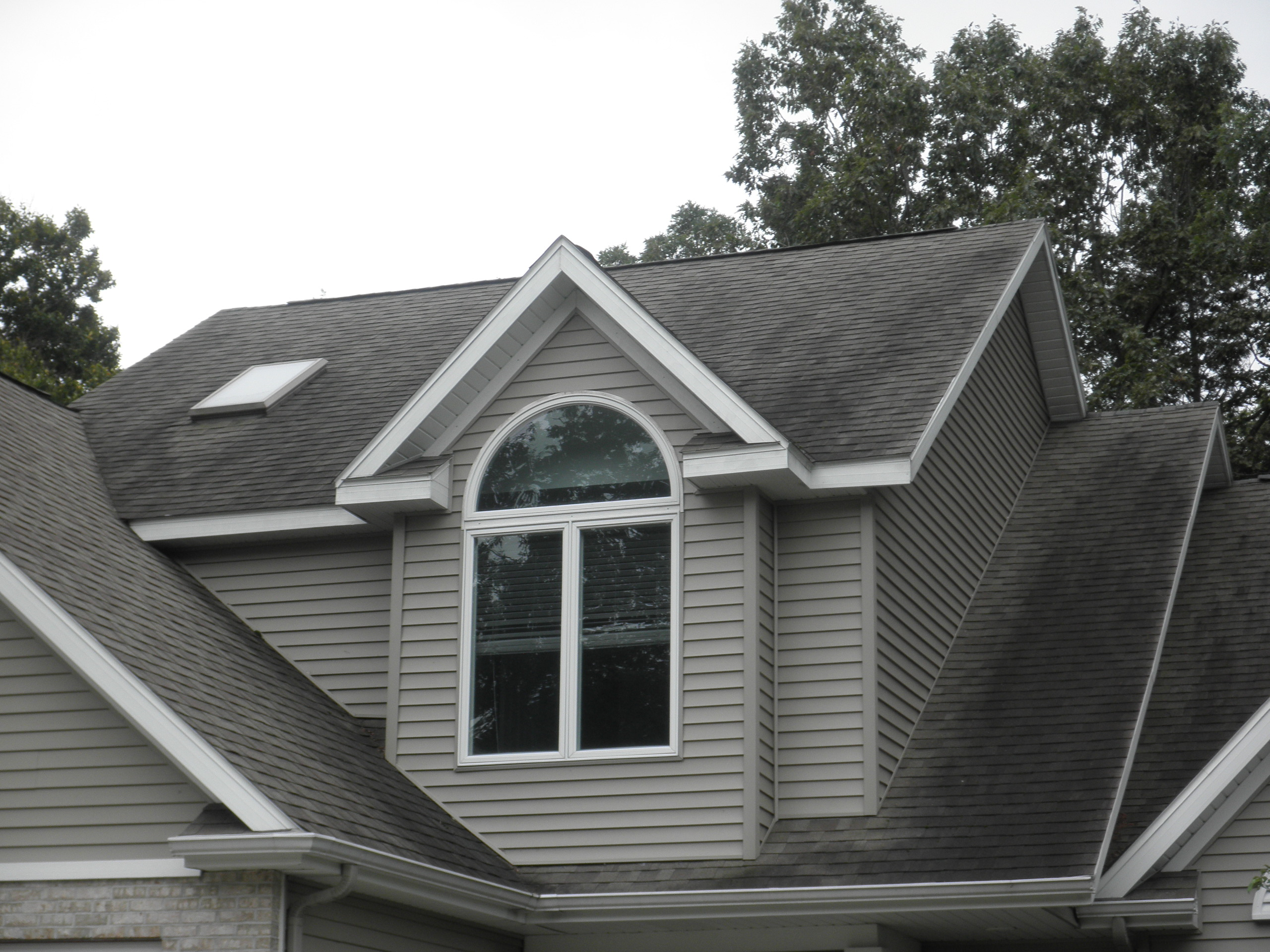 Cascade MI Roof Cleaning